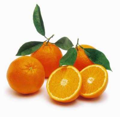 الليمون في قبض المسام المتسعة كما أنه يستخدم كمضاد للنمش